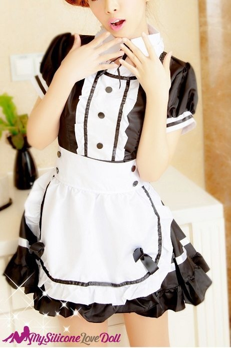 sexy maid cosplay