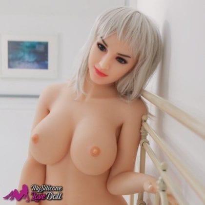 Violetta a white sex doll