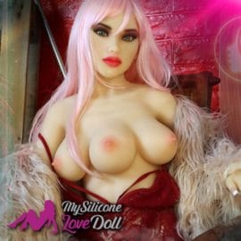 Sex Doll With 3 Boobs ! Meet Venus From Doll 4 Ever
